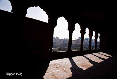Posted by Ripple (VJ) : Delhi 6 - Jama Masjid : Light Patterns Through the Arches