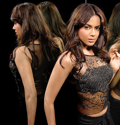 Sameera Reddy Hot Image