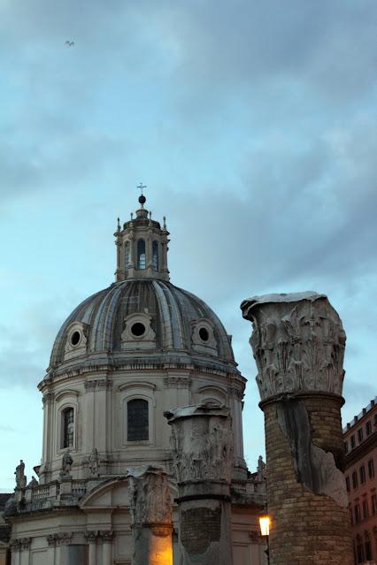 Chiesa del Santissimo Nome di Maria al Foro Traiano-Roma