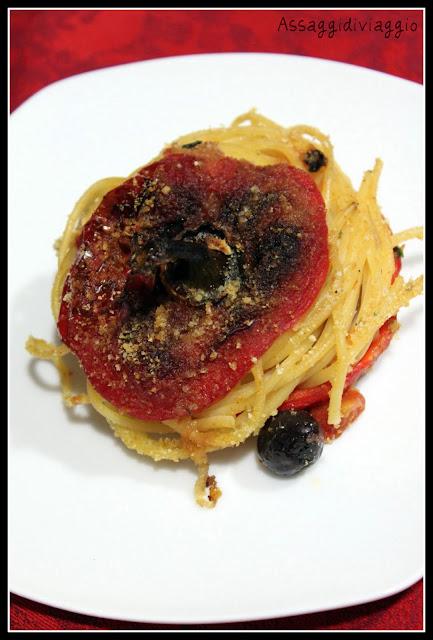 Peperoni ripieni di spaghetti di De Riso