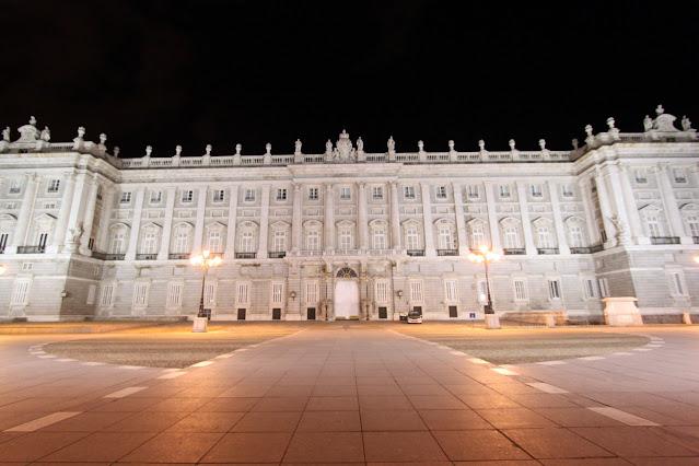 Palazzo reale di notte-Madrid