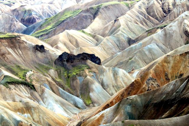 Landmannalaugar-Montagne colorate