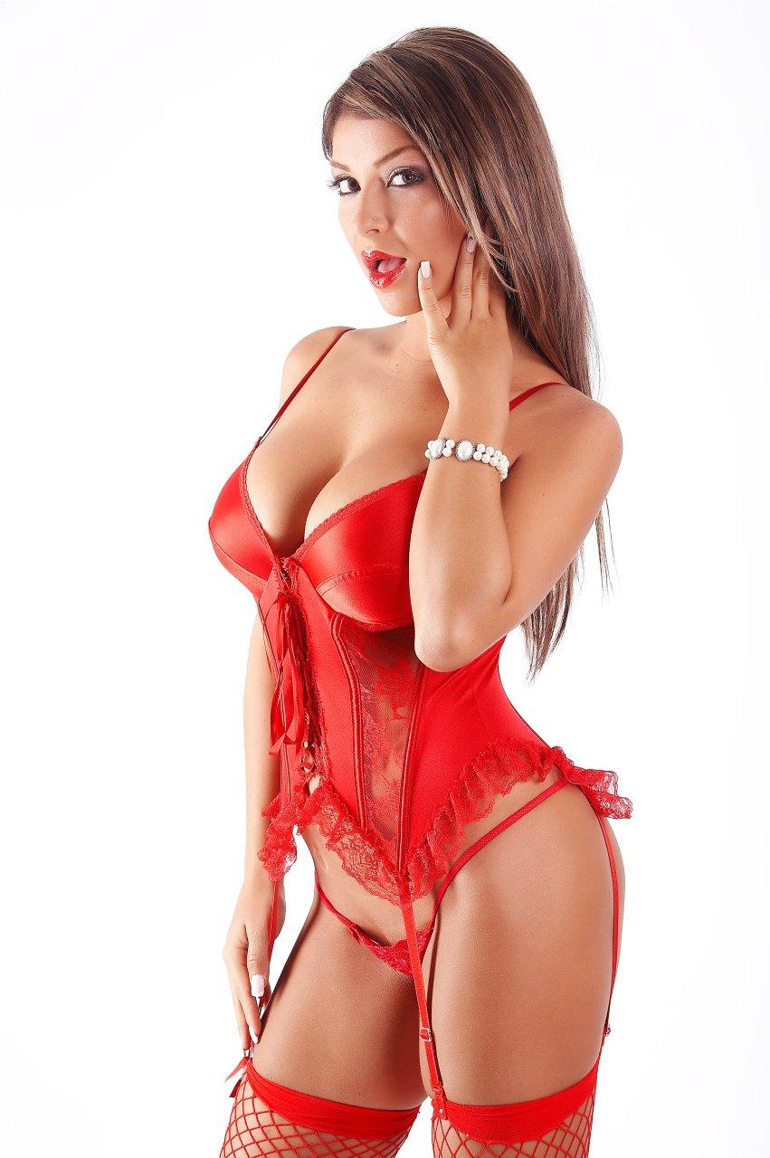 Hermosa chica morena de colombia muestra su conjo perfecto - 3 3