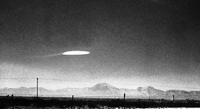 """Πρώην αξιωματικοί δηλώνουν: """"UFO έχουν επισκεφθεί πυρηνικές βάσεις""""!"""