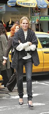 45a21012dc También me gustan los vestidos y jerséis de lana de esta gordita