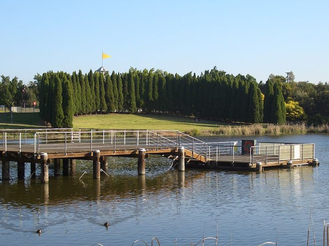 The Picturesque Lake Belvedere At Bicentennial Park Homebush Bay Its Hard To Believe That This Was Once A Rubbish Tip