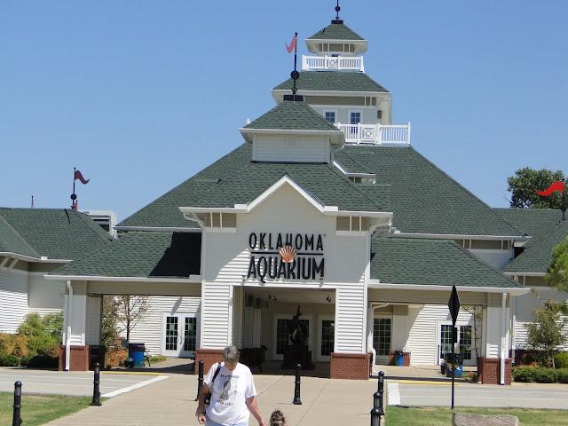 The McCaslin Family .Life as we know it!: Oklahoma Aquarium
