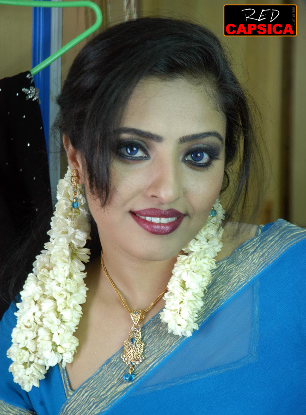 Actress Shalini Blue Film 21