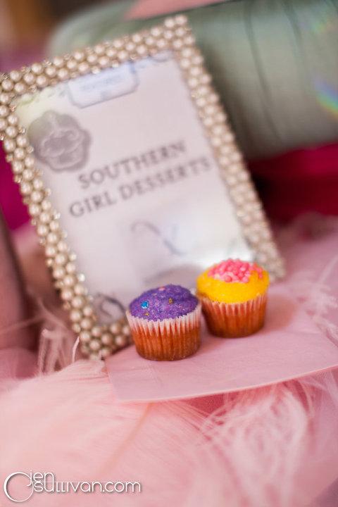 Sweet Southern Ladies Wedding Cakes