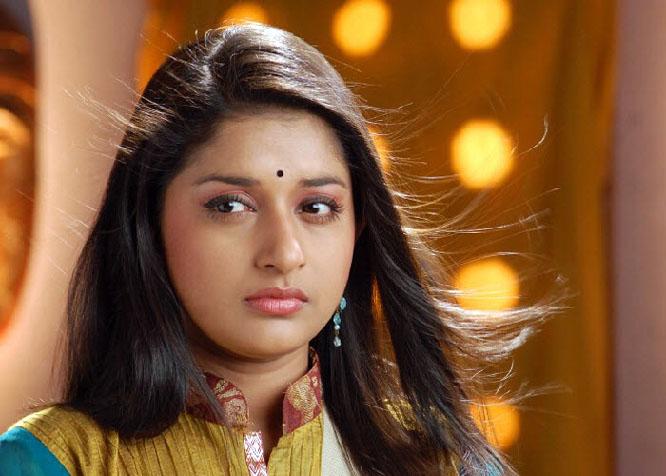 Meera Jasmine Nude Mms Play Online 16