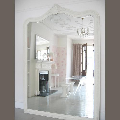 Anachronistic Style Modern rococo interiors