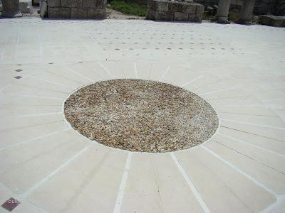 Пода в Голямата базилика - възстановка