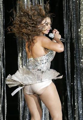 butt pads wearing Beyonce