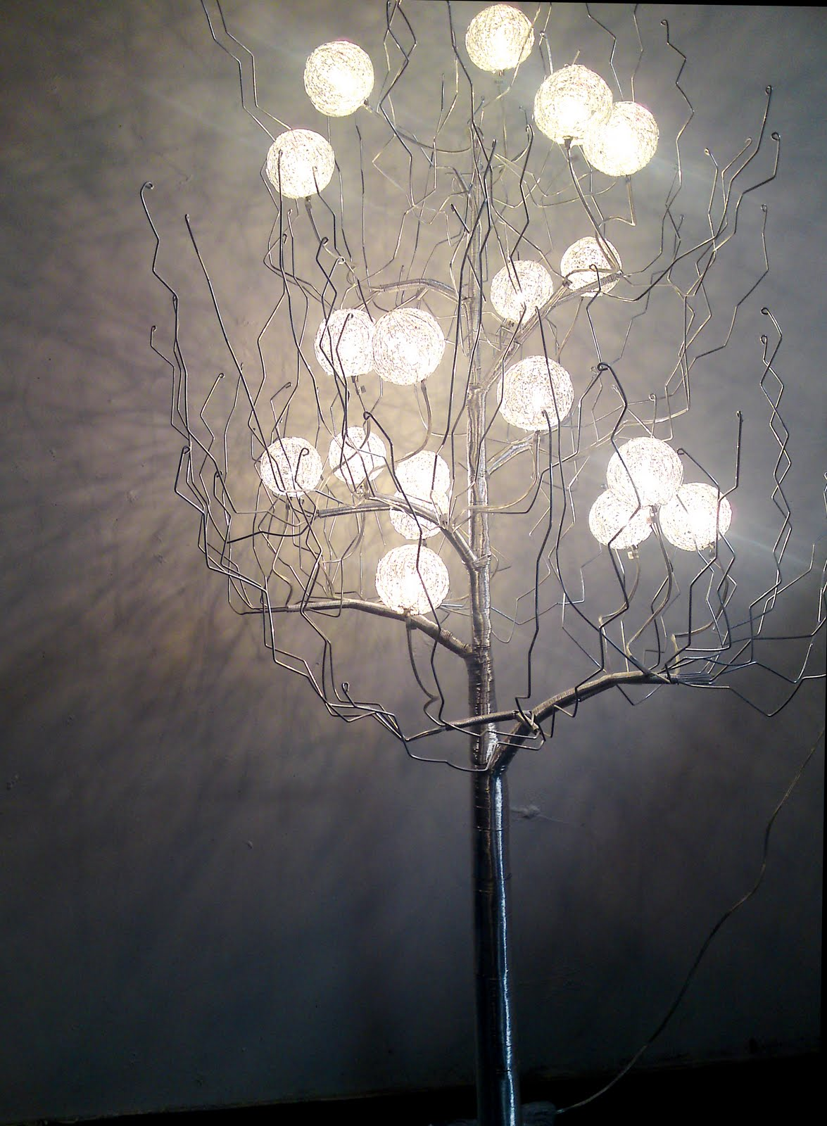 Hudston Design Imports: Tree Lamp 18 Bulb
