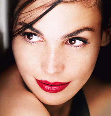How to Perfect the Red Pout - Lancôme