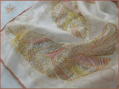šilko tapyba, šalikėlis Plunksnos / silk painting, silk scarf, Feathers