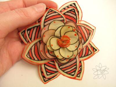 Striped beige and red flower, painting on silk / dryžuota smėlinė ir raudona gėlė, šilko tapyba