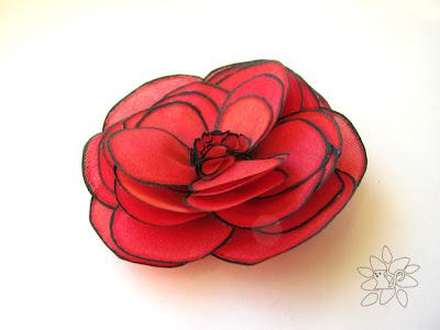 Red rose with black contour, silk painting / raudona rožė su juodu kontūru, šilko tapyba