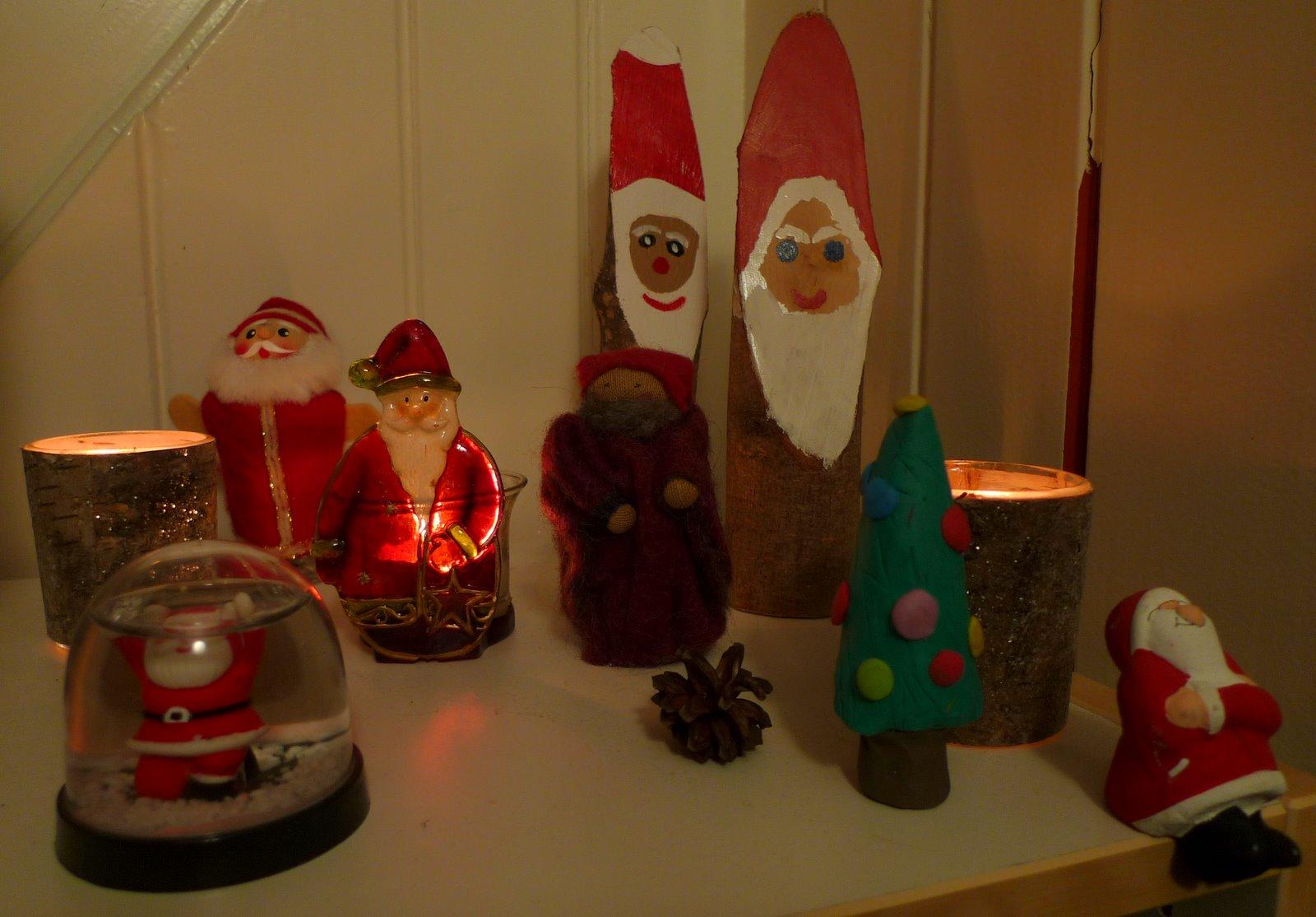 bin im garten weihnachtsbaum geschm ckt. Black Bedroom Furniture Sets. Home Design Ideas