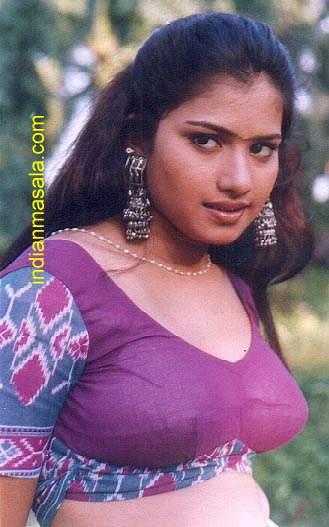 Hot Item Girls Gemini Tv Actress Bhavana-9050