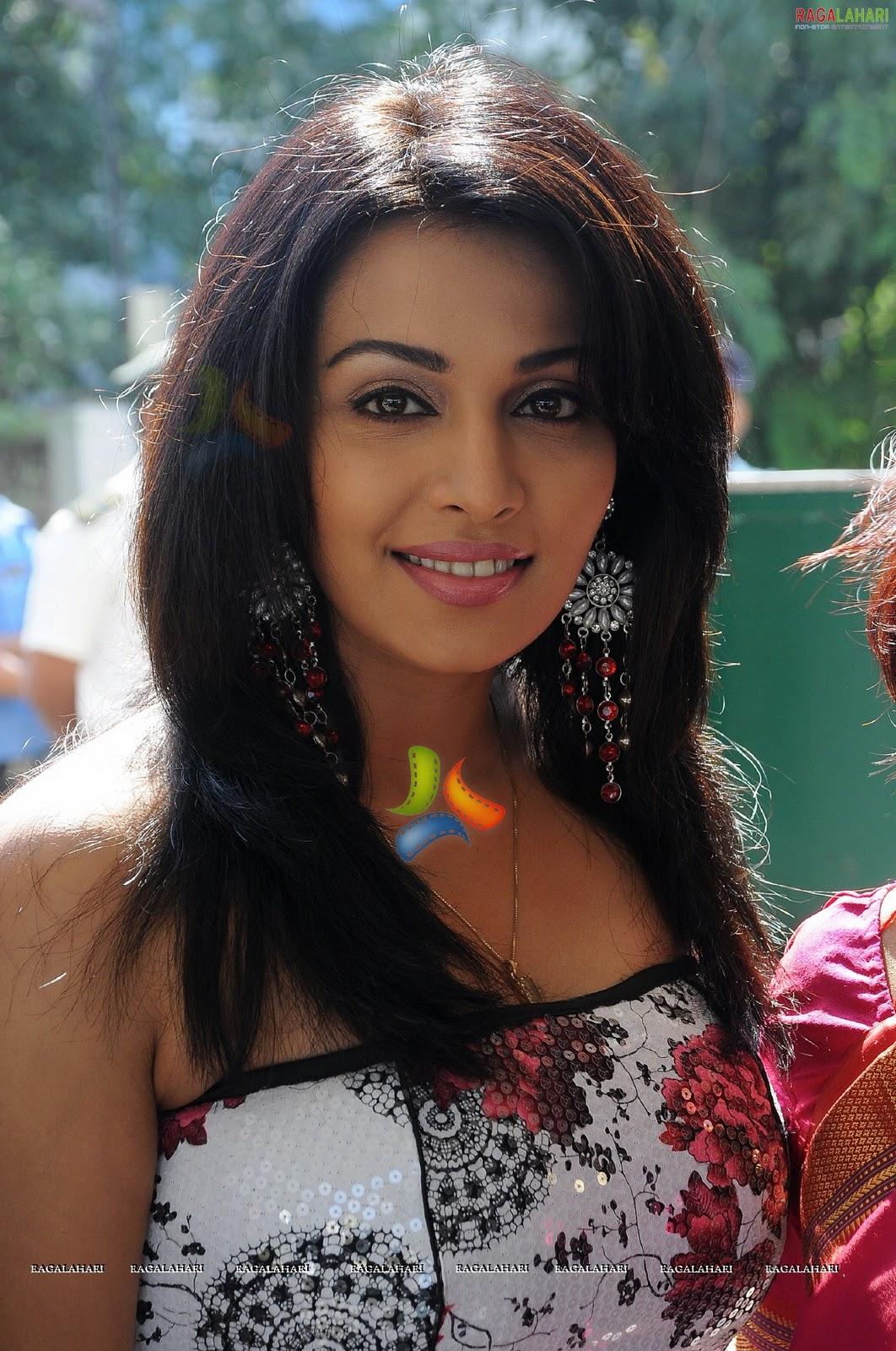 Hot Item Girls Hot Tamil Actress Flora-5767