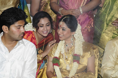 Actress Meena With Her Mother At Jayam Ravi Wedding Photos Pictures Marriage Stills