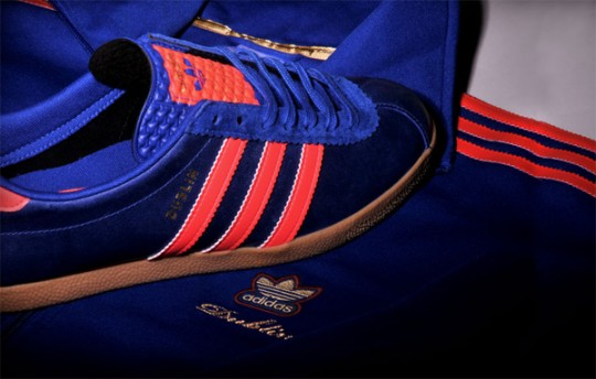 ... and make sure you get into your closest Size  store or on their website  (http   size.co.uk szlib news 10year adidas-city-pack-dublin.html) as soon  as ... 51c0d3697