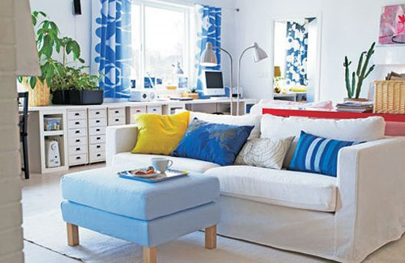 Best living room decorating ideas with blue and white color