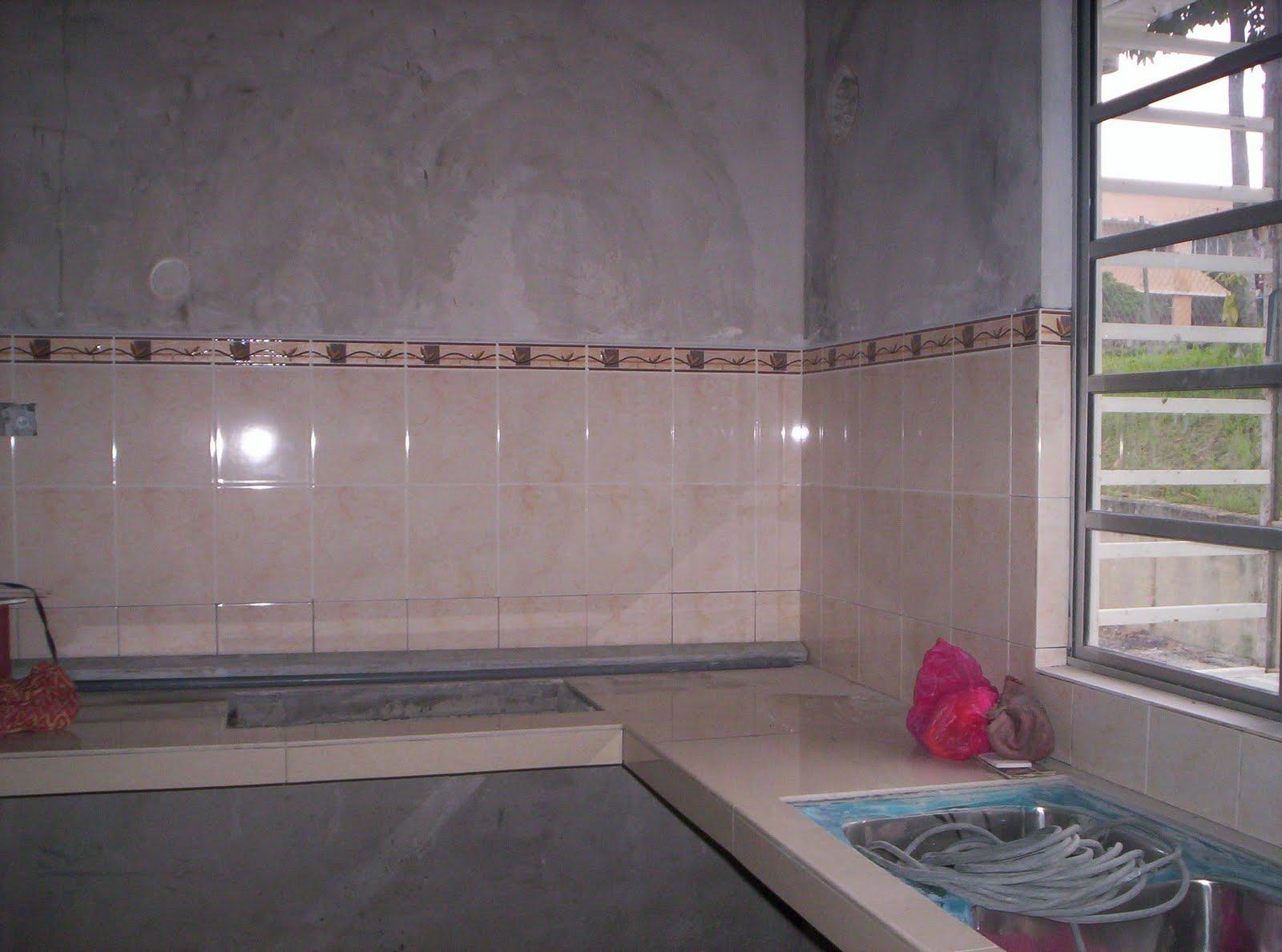 Sekarang Ni Bahagian Dapur Dah Pasang Tiles Pada Dinding Lantai Tapi Lum 100 Kat Bilik Stor Dan Bawah Table Top Siap Lagi Hasil Kerja Diorang