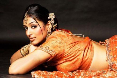 padmapriya hot in surya film awards - photo #20