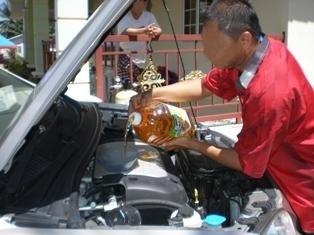 Image result for Gambar minyak masak habis