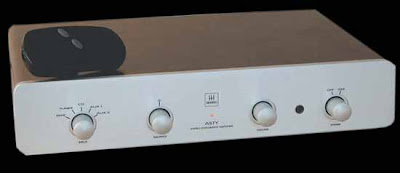 Monrio Asty Line integrated/power amp(Made in ITALY) MonrioASTY+3blog