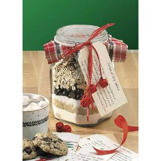 Achei lindo o produto final do pote decorado, ingredientes contrastando e o cartão com a receita!