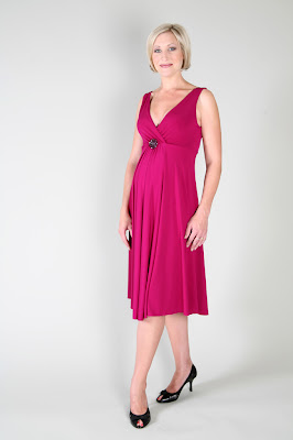 5b95d3b5f892a GlowMama has a wide range of maternity evening wear with new designs  arriving instore weekly. With a fantastic selection of colours, styles and  fabrics you ...
