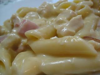 Chicken Cordon Bleu Pasta | realmomkitchen.com