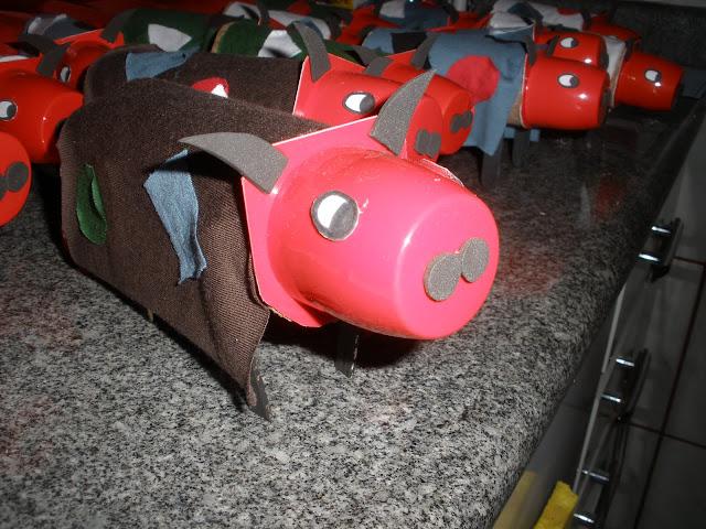 Resultado de imagem para ideias para folclore boi bumbá educação infantil