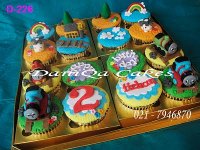 Gambar Kue Ulang Tahun DaniQa Cakes Traditional Snack CUPCAKE SET THOMAS FRIENDS 400x300