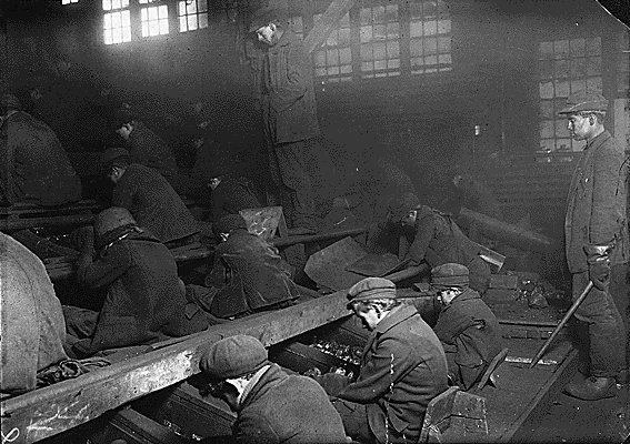 Child labor history !!: Child labor history America