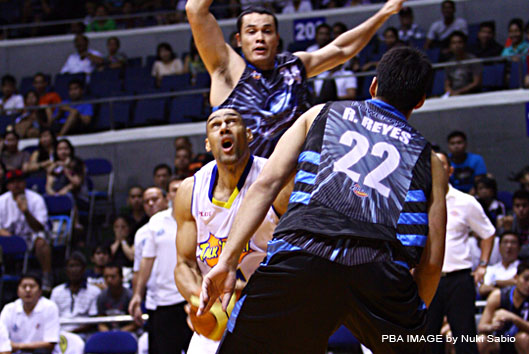 Talk 'n Text Beat Powerade 103-79 in PBA Tune-up Game ...