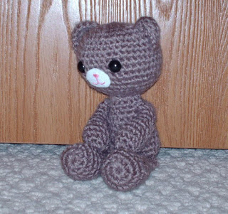2000 Free Amigurumi Patterns: Little Bear Pattern