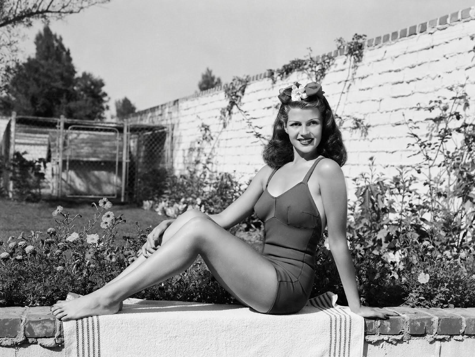 Rita Hayworth: A Free Bird In Flight • Rita's legs  |Rita Hayworth Feet
