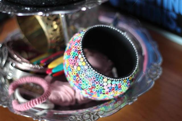 Objets détournés : présentoirs à bijoux