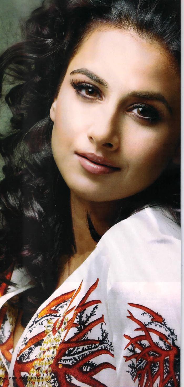 Wallpapers Of Innocent Bollywood Actress Vidya Balan -8458