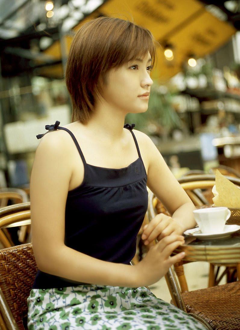 foto Mari Hoshino