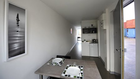 des logements fond la caisse. Black Bedroom Furniture Sets. Home Design Ideas