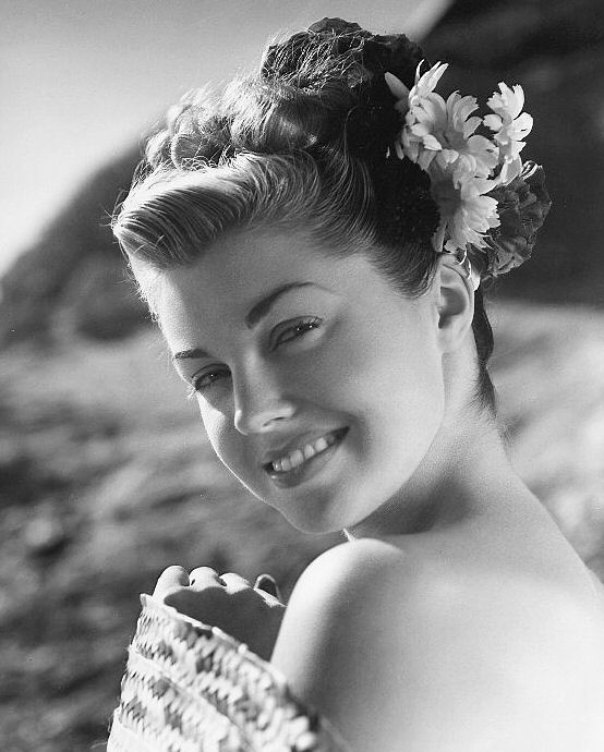 deces de l 39 actrice americaine esther williams cinetom. Black Bedroom Furniture Sets. Home Design Ideas