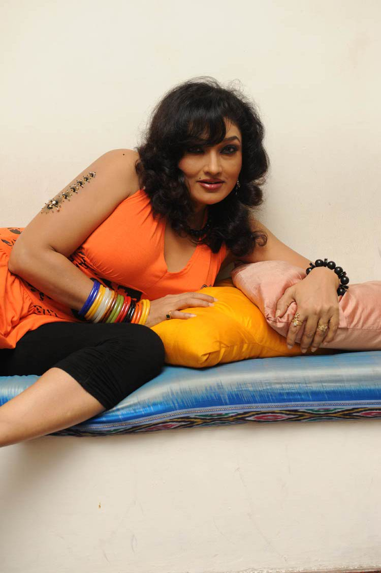 Tollywood Actress Photos Ramya Sri Hot Photoshoot-6522