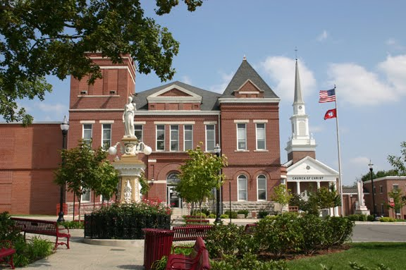 warrent county courthouse