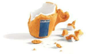 *設計師Enrique Luis Sardi替LAVAZZA設計:可以邊吃邊喝的 餅幹咖啡杯 2