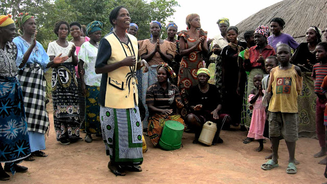 F%2BDancers%2B%2526%2Bdrummers%2B1 Bemba People: Matrilineal, Agrarian And The Largest Ethnic Group In The Zambia